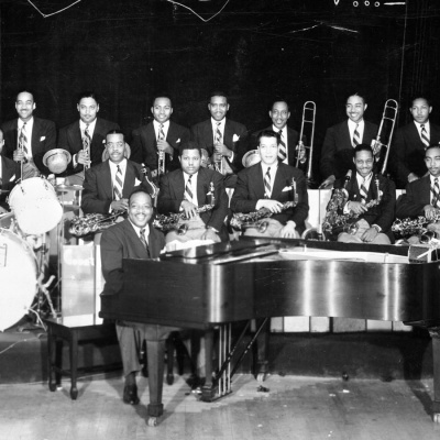 The Count Basie Orchestra - My Heart Belongs To Daddy