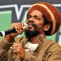 Cocoa Tea - She Loves Me Now