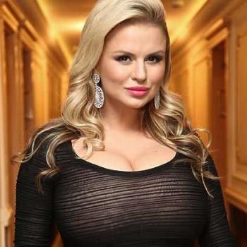 Анна Семенович рассказала о пополнении в семье