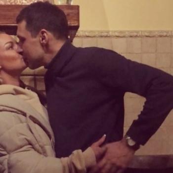 Страсти по Насте: Волочкова поделилась снимком с возлюбленным
