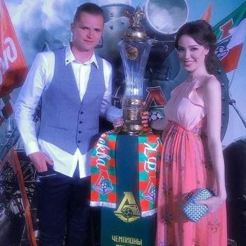 Анастасию Костенко раскритиковали за безвкусный наряд за 227 тысяч