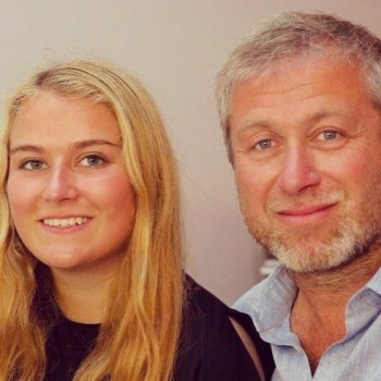Абрамович пропустил выпускной своей дочери