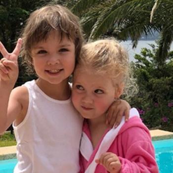 Галкин уехал с детьми на Кипр без Пугачевой