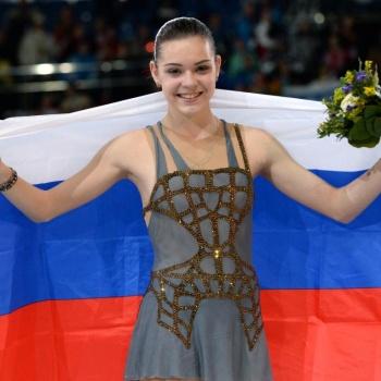 Аделина Сотникова станет блондинкой в случае победы российских футболистов в матче с Хорватией