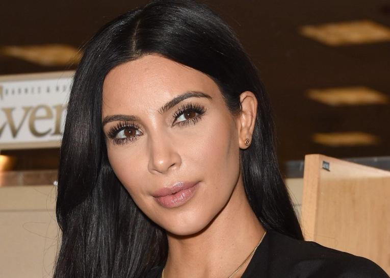 Ким Кардашьян поставила рекорд и заработала 2 миллиона долларов за один день