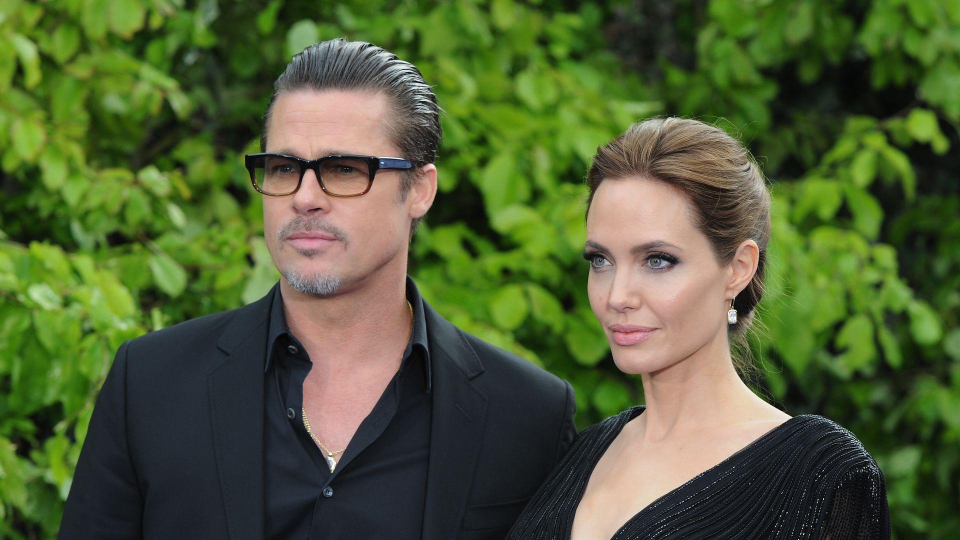 Дочери Джоли и Питта гуляют без присмотра родителей